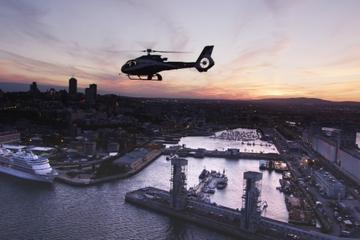 Survol de la ville de Québec en hélicoptère