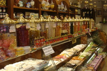 Istanbul Food Walking Tour of Beyoglu