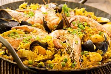 Clase de cocina en Madrid: aprenda a hacer paella