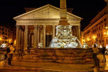 Tour a pie por Roma bajo las estrellas