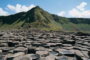 Giant's Causeway Earlybird Tour from Belfast
