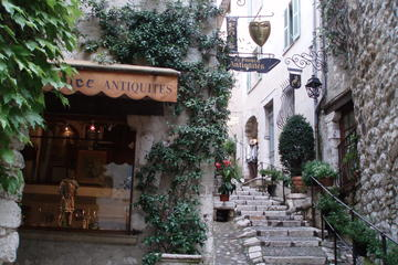 6-Hour Trip - French Alps and alpine villages - Gourdon, Tourrettes, Saint Paul de Vence