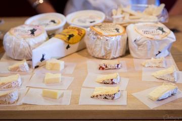 Ein Blick hinter die Kulissen – Führung mit Käse-Verkostung in Marin