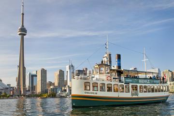 Croisière touristique dans le port de Toronto