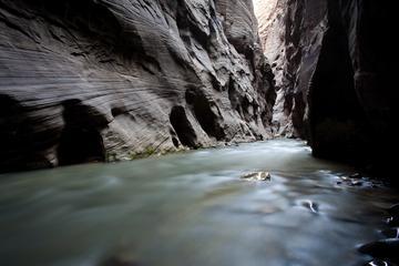 Aventura de barranquismo en Huatulco en el río Zimatán