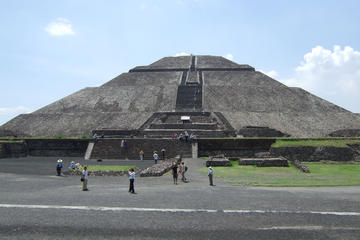 Early Access Teotihuacan and Basilica of Guadalupe