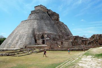 Excursión a Uxmal y Kabah desde Mérida