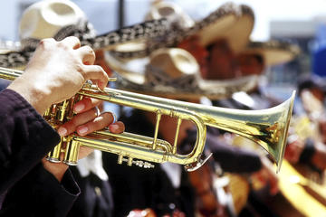 Guadalajara Nightlife: Mariachi Music and Tequila