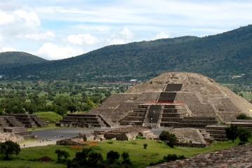 Offre spéciale à Mexico: accès matinal aux pyramides de Teotihuacán...
