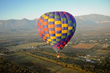 Passeio de balão de ar quente em Monterrey