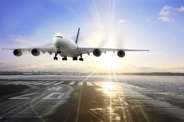 Traslado compartido para llegadas: Aeropuerto Internacional General...