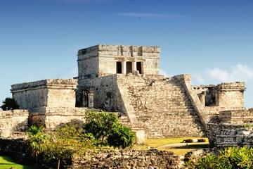 Viator Exklusiv: Früher Zugang zur Tulum Ruinen mit einem Archäologen