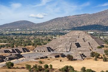 Visite privée: Excursion d'une journée aux pyramides de Teotihuacan...