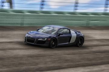 Experiência de corrida automobilística exótica em Miami: pacote para...