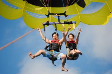 Excursão de parasailing em Oahu...