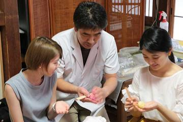 Wagashi Sweets Making and Tea Ceremony Experience at Gionjij Temple in Tokyo