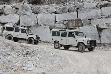 ピサ、ルッカ、カッラーラ大理石の採石場を巡るフ…