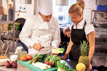 料理教室: フィレンツェ「市場から食卓まで」