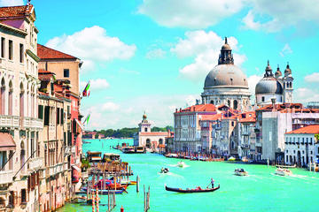 Day Trip to Venice by Bus from San Gimignano