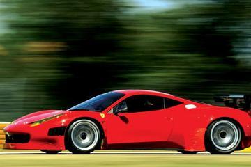 Excursión a Emilia Romaña: Museo Ferrari, recorrido sobre el vinagre...