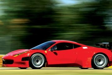 Excursión de un día a Emilia Romaña: Museo Ferrari con prueba...