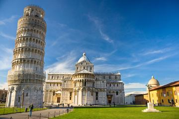 Pisa and Lucca tour with Leaning Tower Entrance