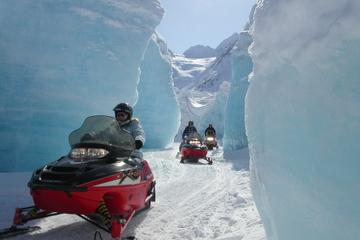 Excursão Snowmobile saindo de...