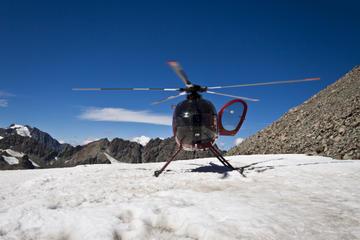 Recorrido en helicóptero y aterrizaje...