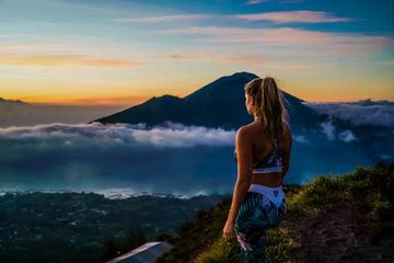 Batur Volcano Sunrise Trekking with Breakfast, Transfer, Coffee and Temple Tour