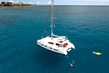 Oahu Yacht Cruise: Snorkel, Dine ...