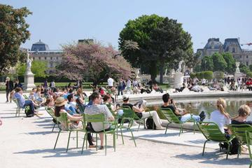 Paris Full-Day Tour: Become a Parisian for a Day
