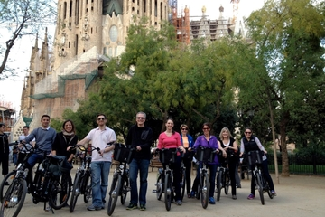 Visite en vélo électrique de Barcelone incluant la Sagrada Familia
