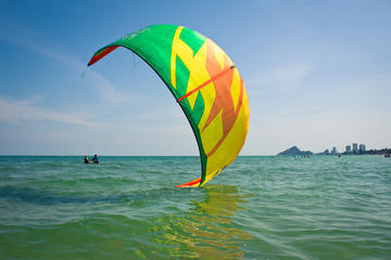 Kitesurfing lessons in Thailand