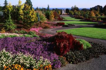 Falls Gardens and Vines Tour from Portland