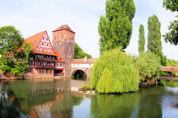 Private Tour: Nuremberg Nazi Sites and Old Town