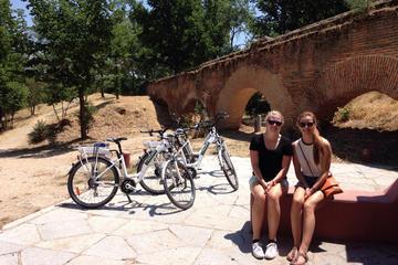 Tour in bici a Madrid sul fiume e