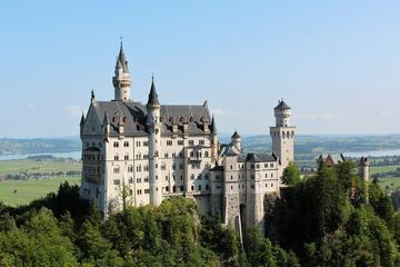Private Tour: Neuschwanstein, Linderhof and Oberammergau from Munich