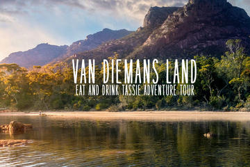 Van Dieman's Land: Epic East Coast Tasmania Gourmet Tour from Hobart