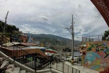 Escalera mecánica urbana de la Comuna 13 de Medellín