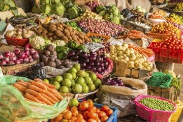 Excursión por los mercados de flores y alimentos locales de Medellín