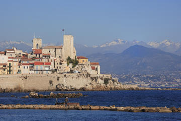 Sightseeing tour of Saint-Paul-Antibes-Cannes and 1-hour Nice Segway tour