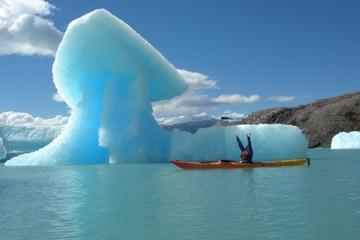 Recorrido en kayak de Upsala desde El Calafate