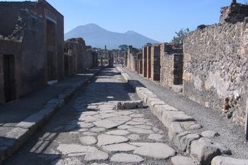 Pompéi et Naples une journée de Rome