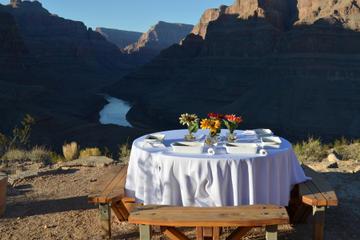 VIP de Viator: Gran Cañón en helicóptero con desayuno gourmet