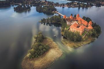 CASTLE ISLAND - Premium guided canoe tour at Trakai Historical Park