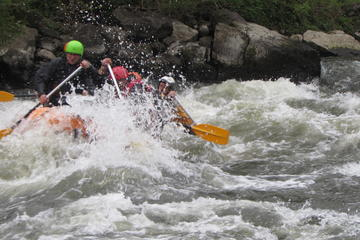 Rafting on Iskar iver