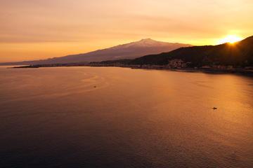 Excursion au coucher du soleil sur le mont Etna au départ de Taormine