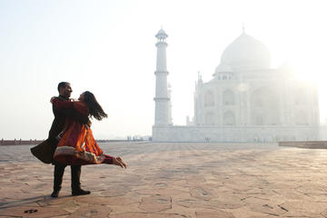 Taj Mahal Luxury Tour