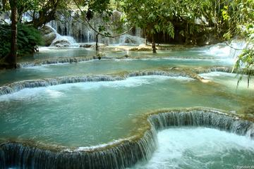 Full-Day Luang Prabang Highlights Tour Including Kuangsi Waterfall