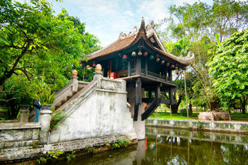 Private Hanoi Sightseeing with Electric Car Tour